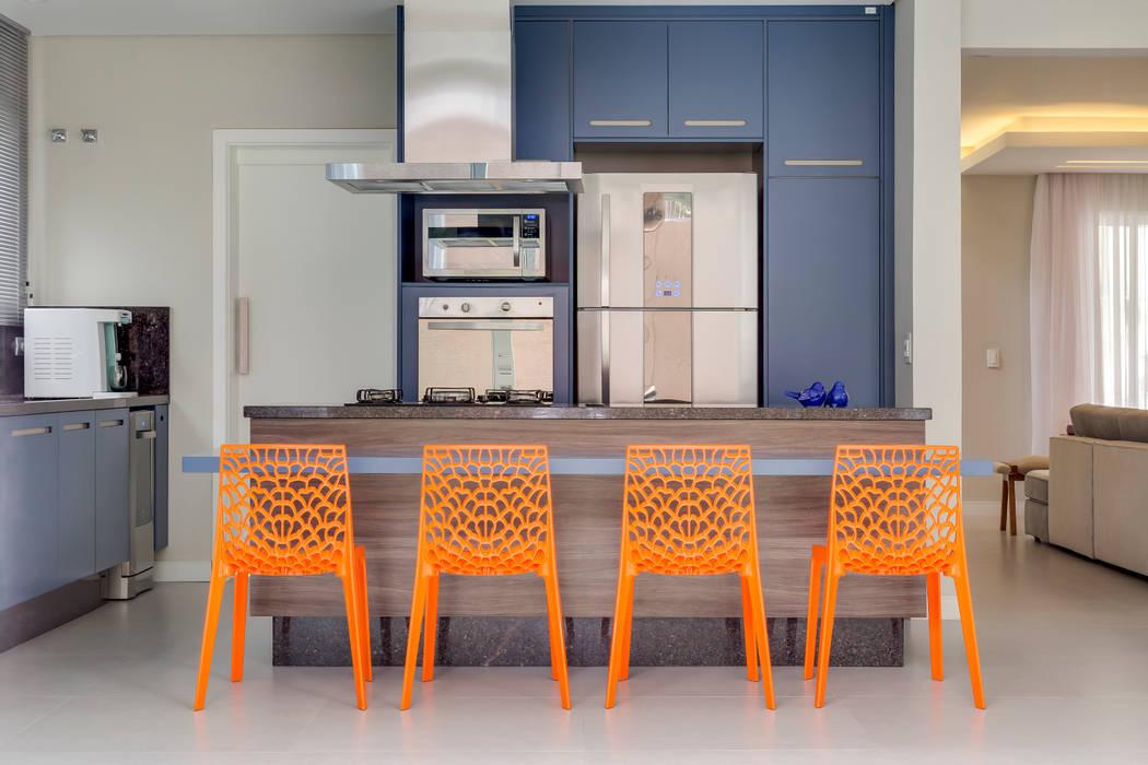مطبخ تنفيذ Angelica Pecego Arquitetura