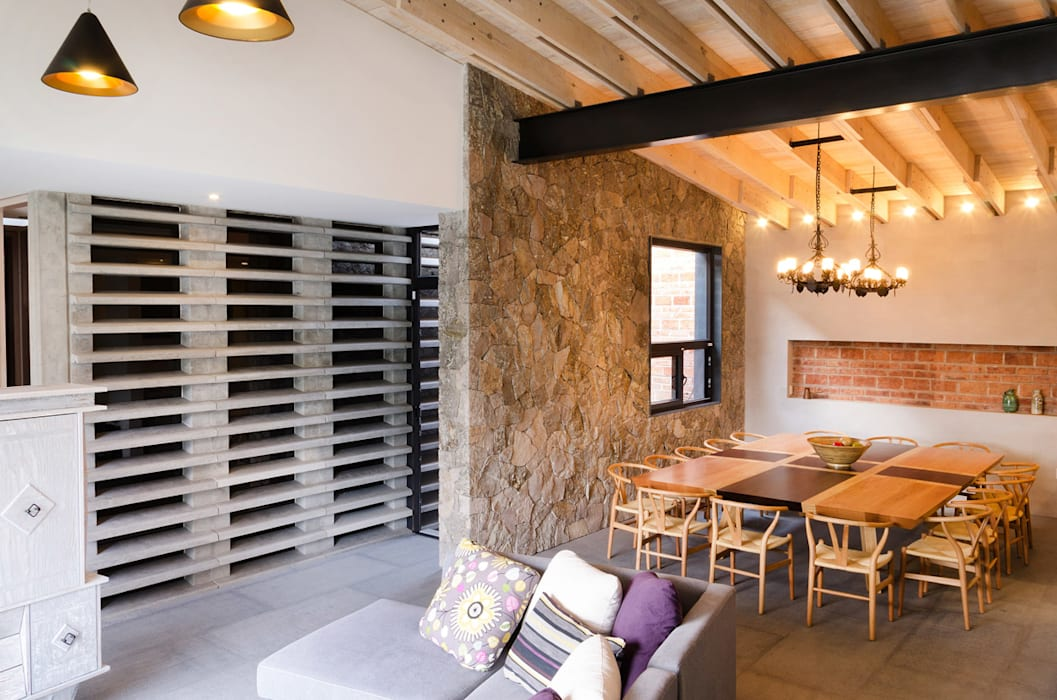 Ruang Makan Modern Oleh VMArquitectura Modern Beton
