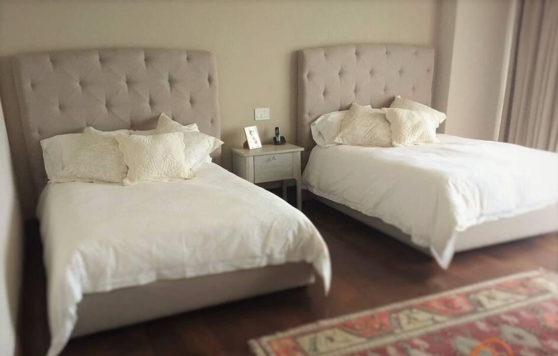 Estilo en muebles BedroomBeds & headboards Synthetic Beige