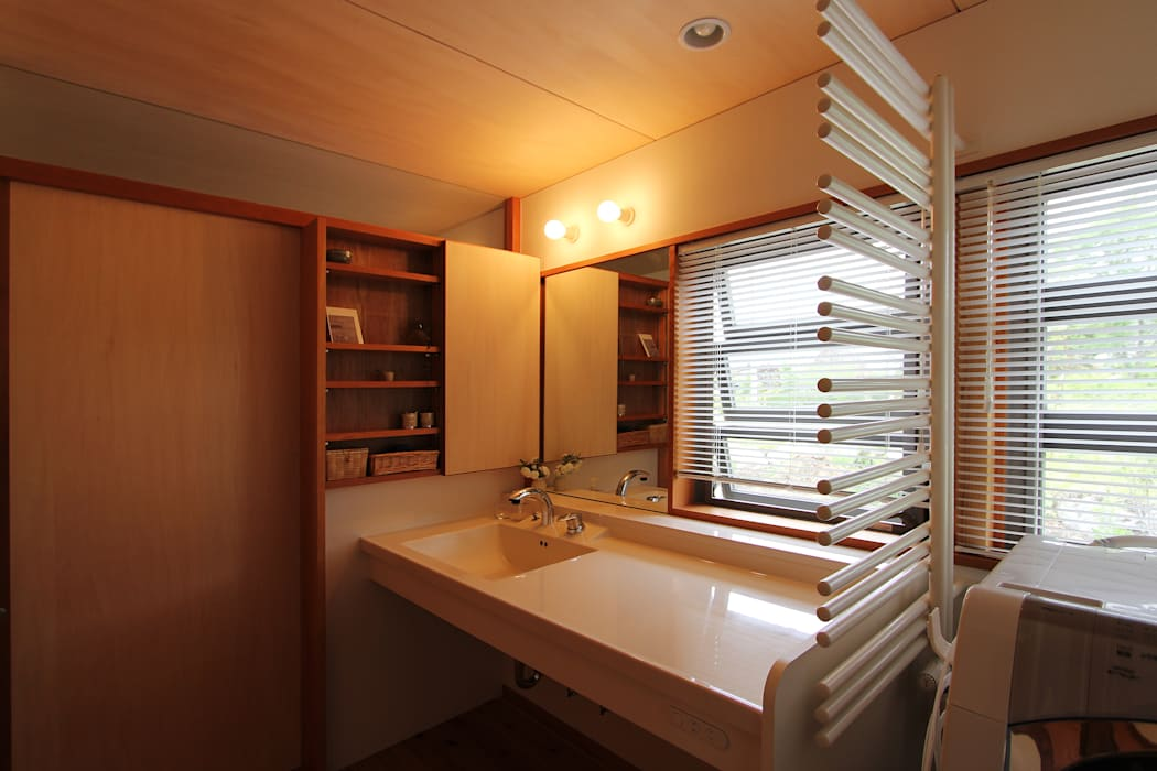 Bathroom oleh 藤松建築設計室