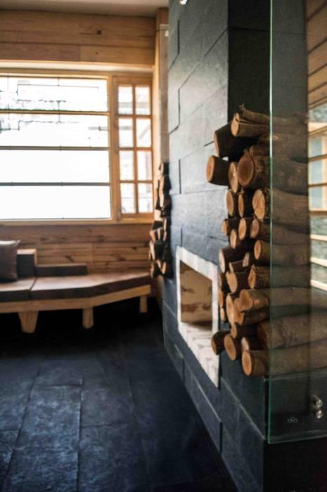 Manuj Agarwal Architects Residence cum Studio, Dehradun Country style media room by Manuj Agarwal Architects Country