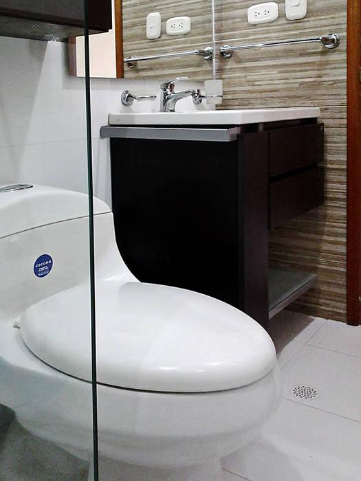Baño moderno: Baños de estilo  por Remodelar Proyectos Integrales