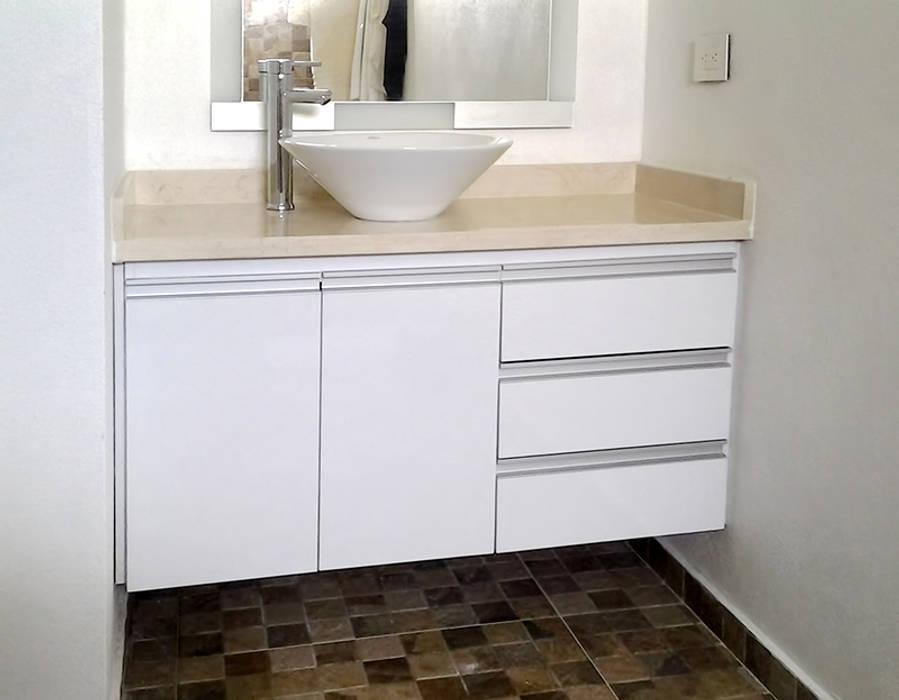 Muebles para lavamanos: Baños de estilo  por Remodelar Proyectos Integrales