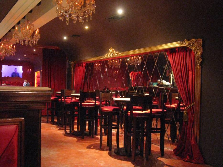 Bar Rouge: Bares y Clubs de estilo  por 1en1arquitectos,