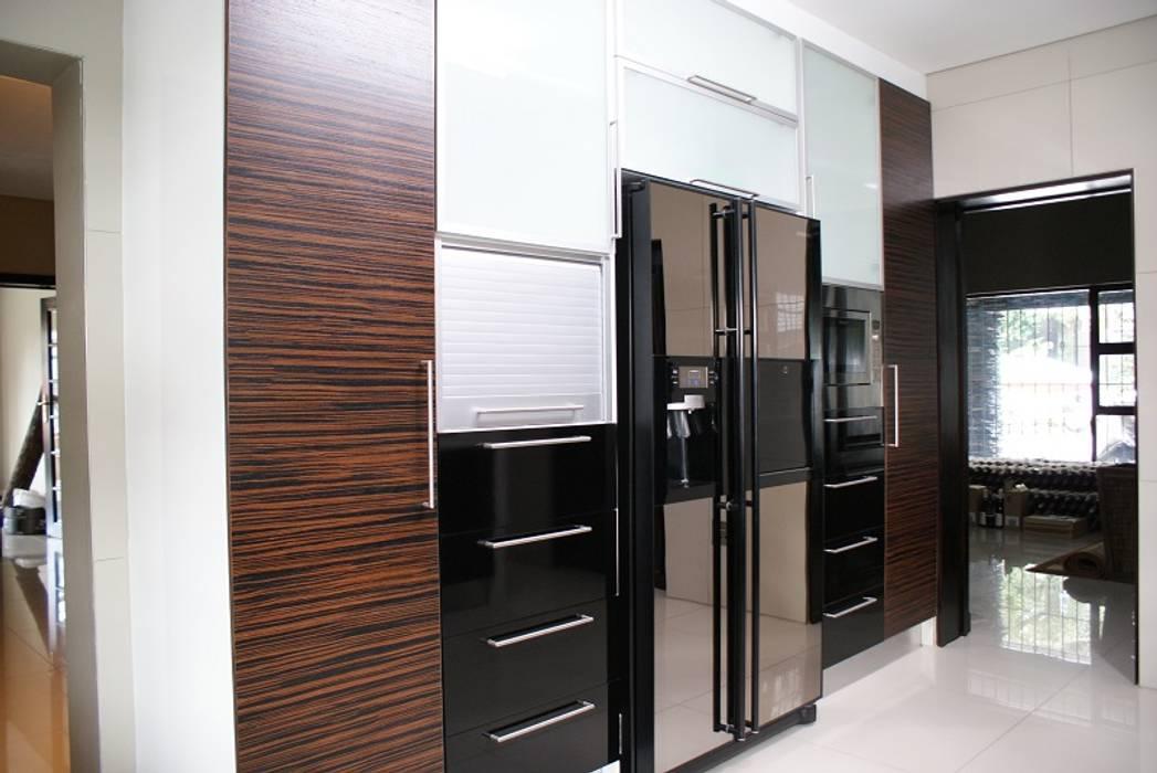 Life Design Minimalist kitchen