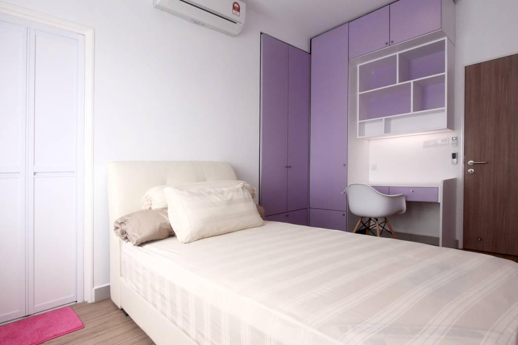 Chambre moderne par inDfinity Design (M) SDN BHD Moderne