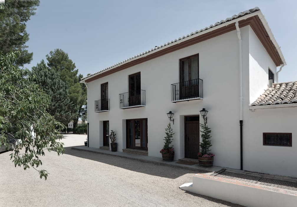 Casa entre vinhedos Casas rústicas por Raul Garcia Studio Rústico