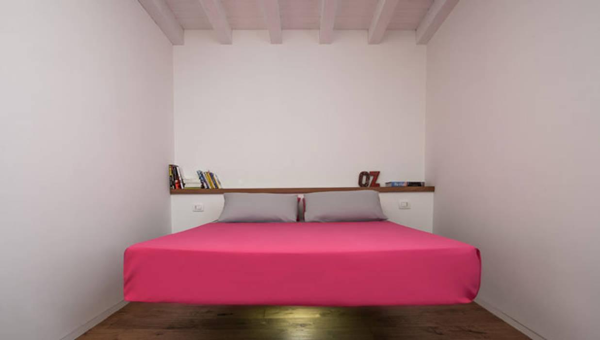 Camera Da Letto Rock : Mohd projects mansarda rock nel cuore di ortigia: camera da letto