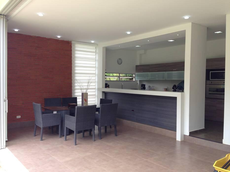 Casa Dapa AN: Cocinas de estilo  por COLECTIVO CREATIVO