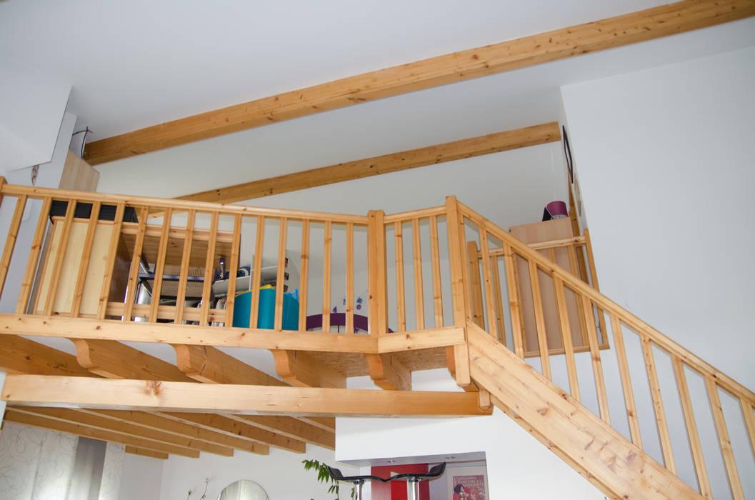 Chambre en mezzanine - avant travaux: Chambre de style de style Moderne par Kauri Architecture