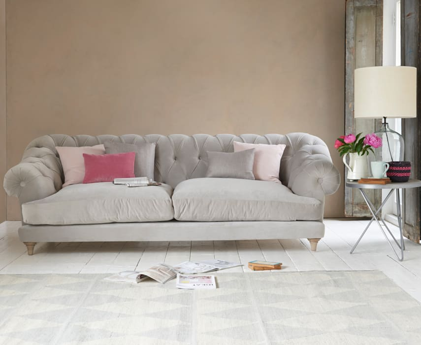 Bagsie sofa: modern  by Loaf, Modern Textile Amber/Gold