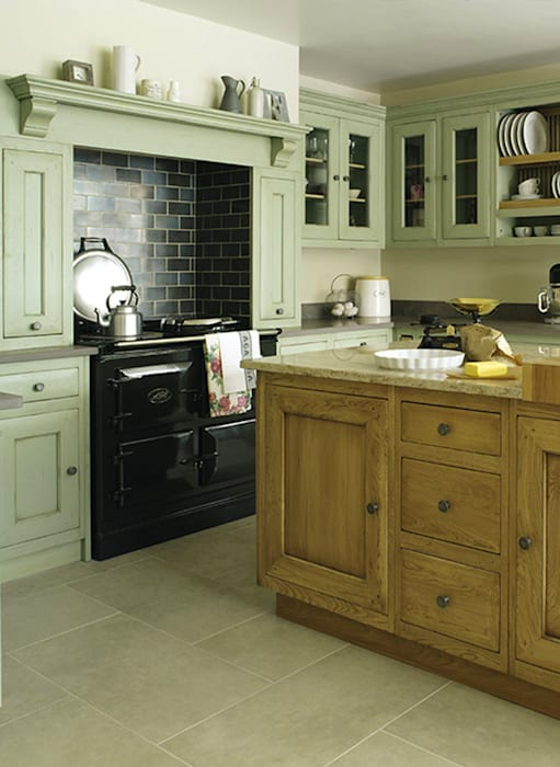 Built-in kitchens by Grange México, Modern Solid Wood Multicolored