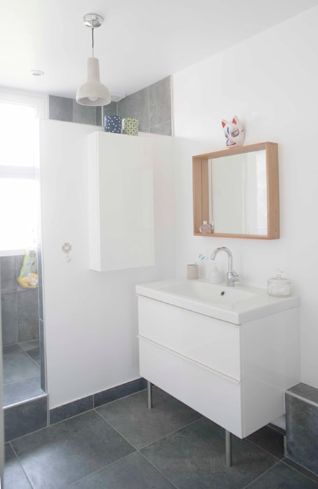 Salle d'eau: Salle de bains de style  par Olivier Olindo Architecte