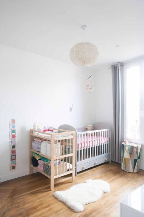 Chambre d'enfant 02: Chambre d'enfant de style  par Olivier Olindo Architecte