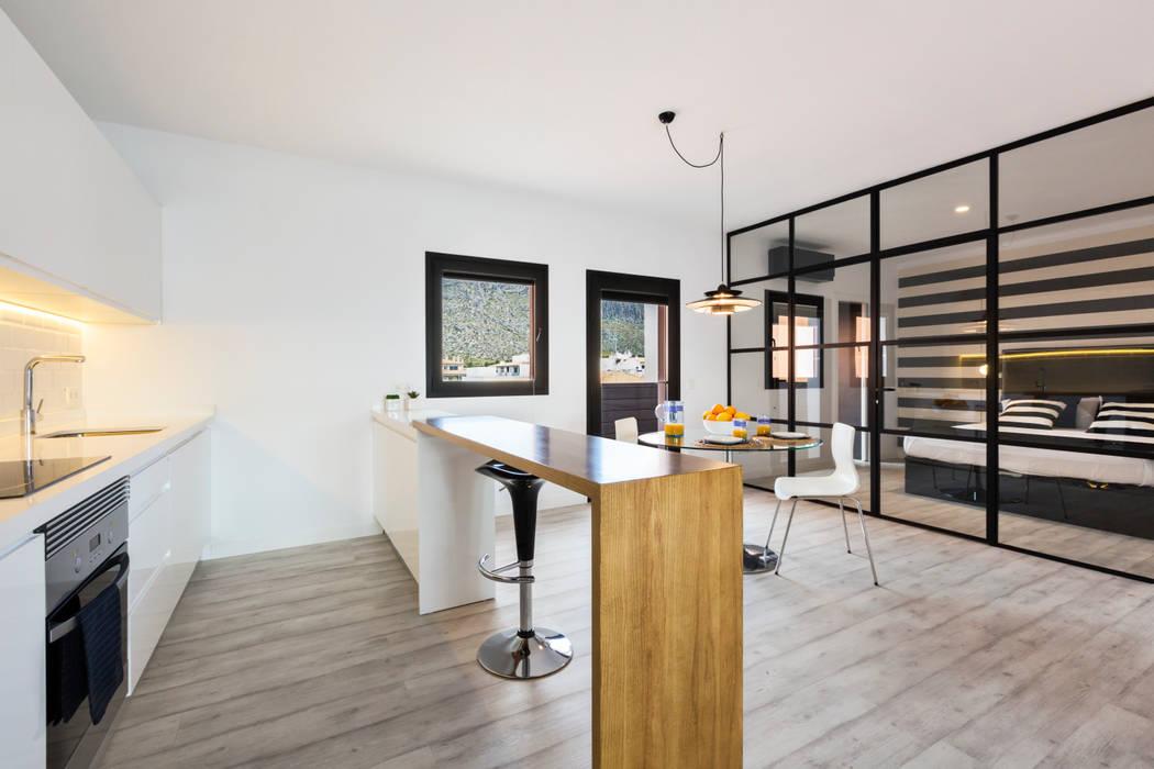 Кухня в стиле модерн от ISLABAU constructora Модерн