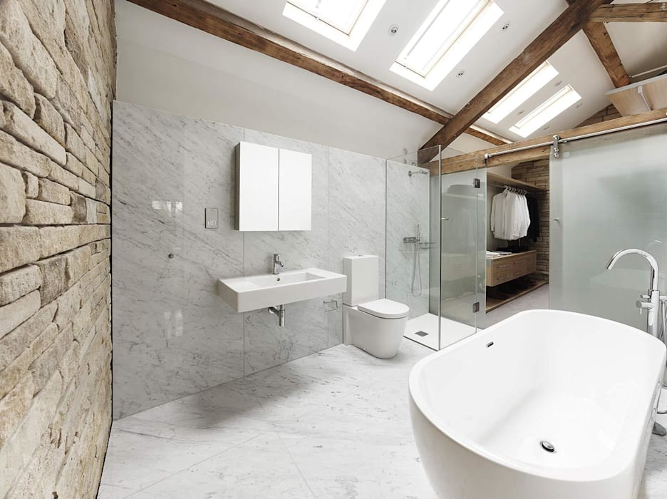 House 141:  Bathroom by Andrew Wallace Architects
