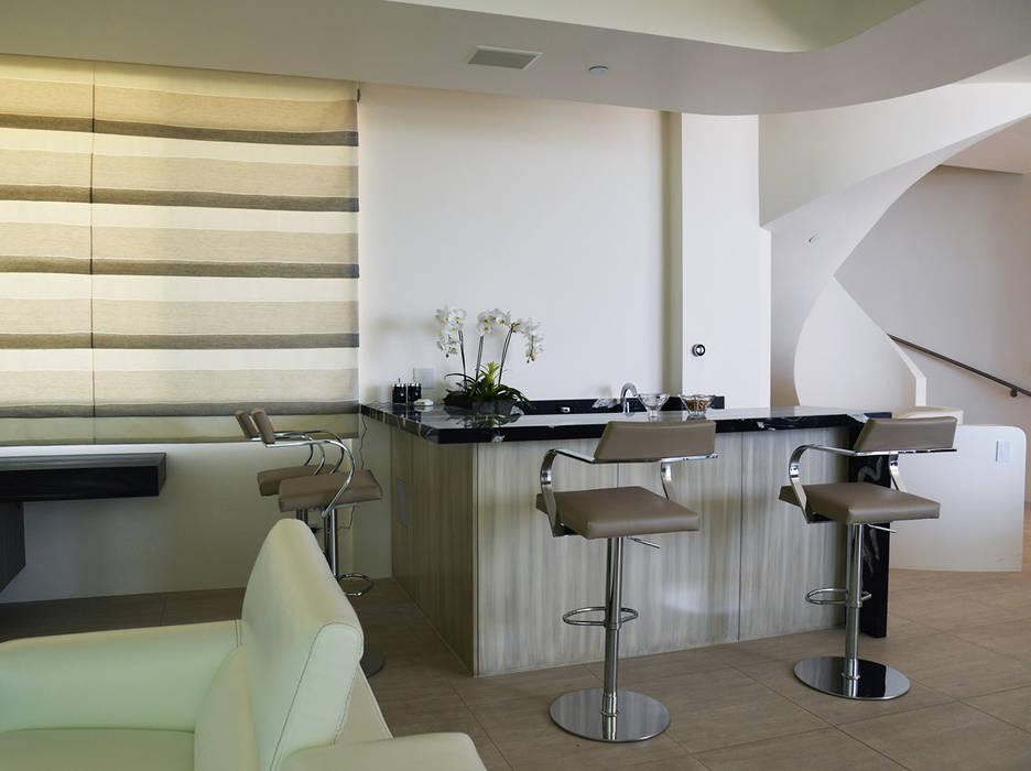 Klasik Oturma Odası Erika Winters Design Klasik
