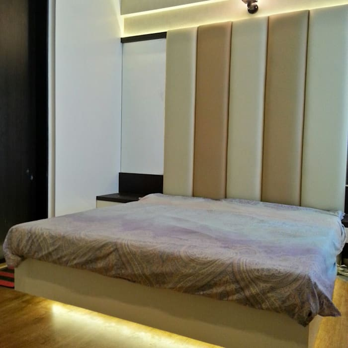 Residential project:  Bedroom by CREATIVE STROKES,Modern Plywood