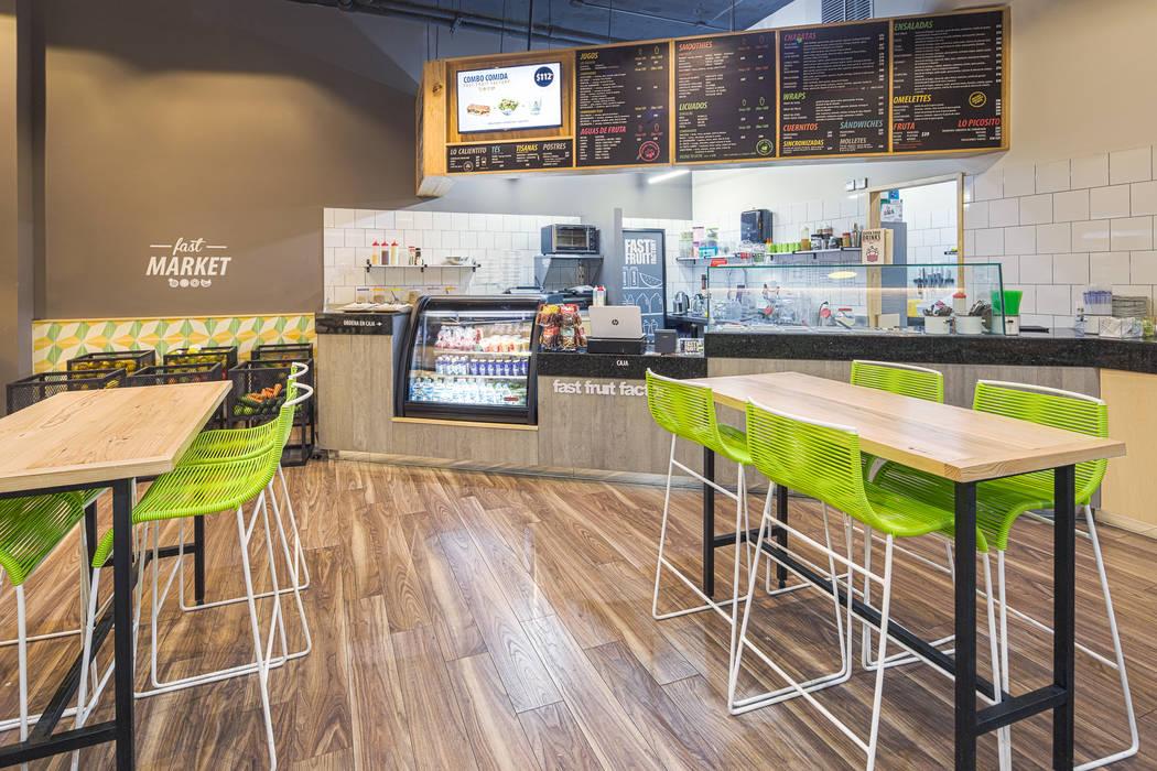 FFF Santa Fé - Interior 02: Restaurantes de estilo  por MX Taller de Arquitectura & Diseño