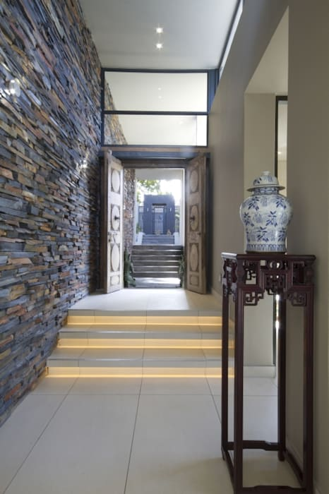 Modern corridor, hallway & stairs by Spiro Couyadis Architects Modern