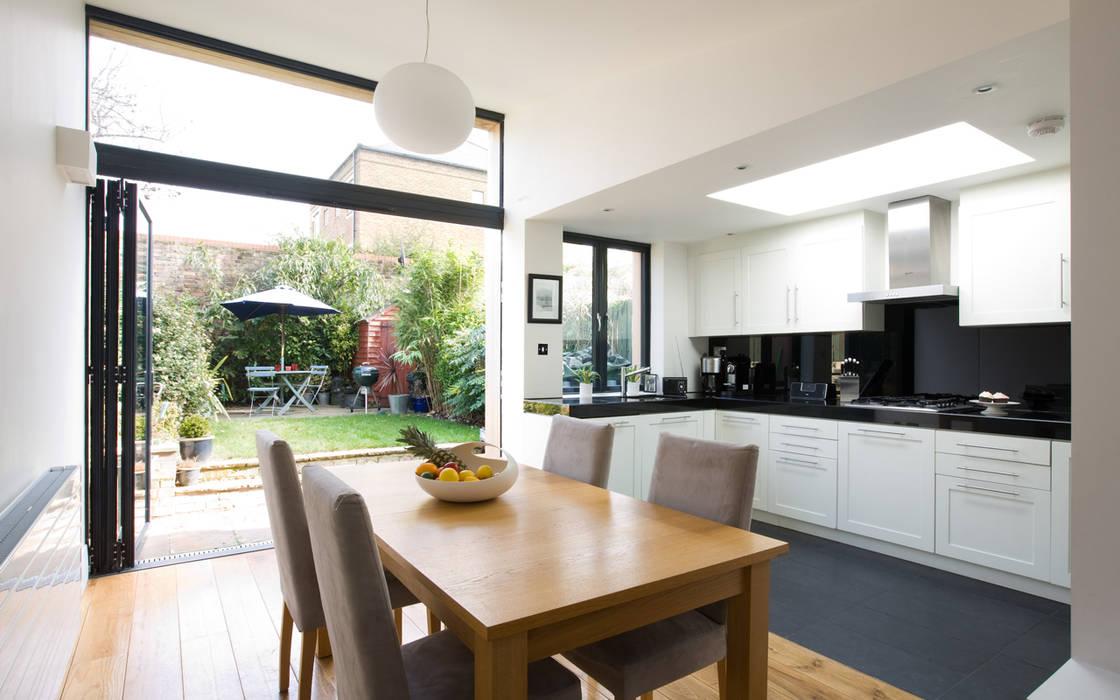 Cozinha aberta para sala: Cozinhas  por Architect Your Home,Moderno