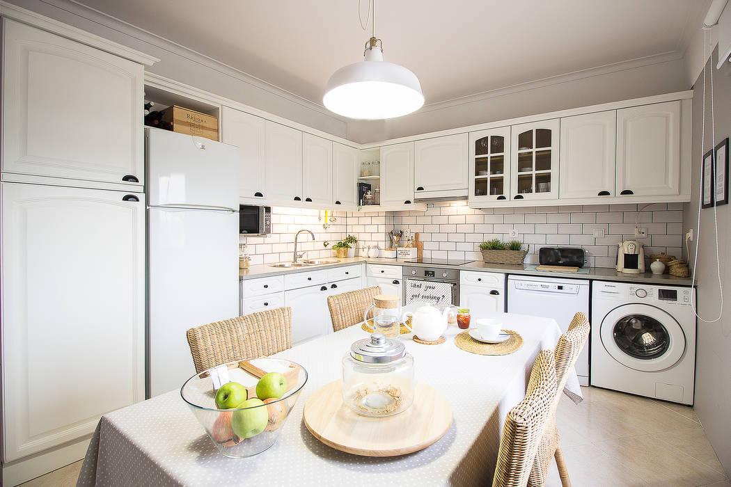 Dapur Gaya Skandinavia Oleh homify Skandinavia