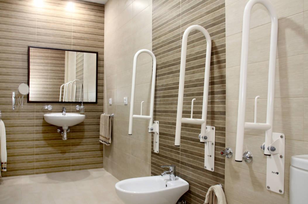 Mohedano Estudio de Arquitectura S.L.P. 現代浴室設計點子、靈感&圖片