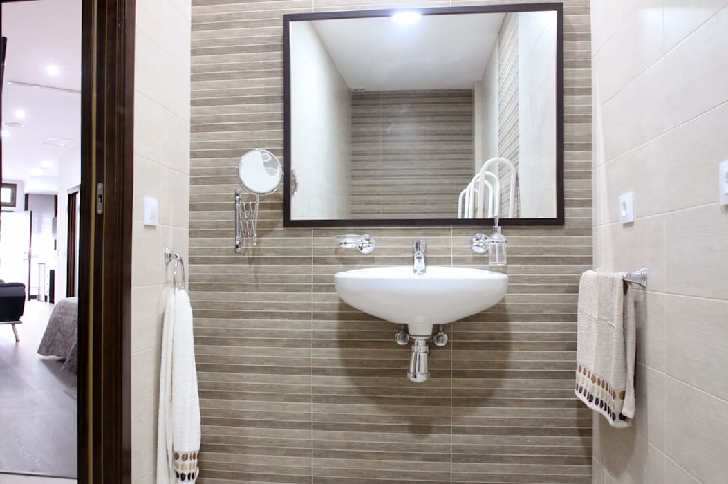 Mohedano Estudio de Arquitectura S.L.P. Modern bathroom