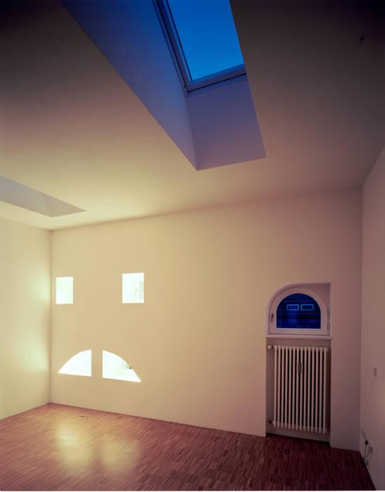 bedroom brandt+simon architekten Modern style bedroom