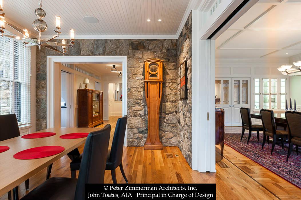Sala da pranzo in stile classico di John Toates Architecture and Design Classico