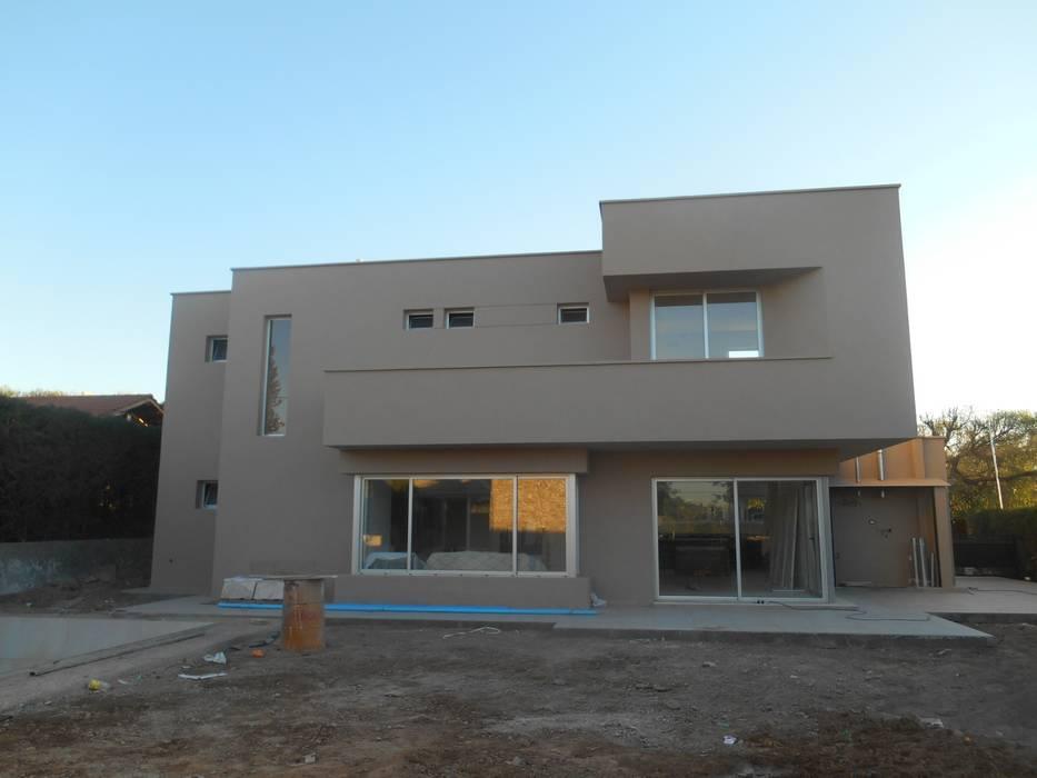 บ้านและที่อยู่อาศัย โดย MABEL ABASOLO ARQUITECTURA, มินิมัล