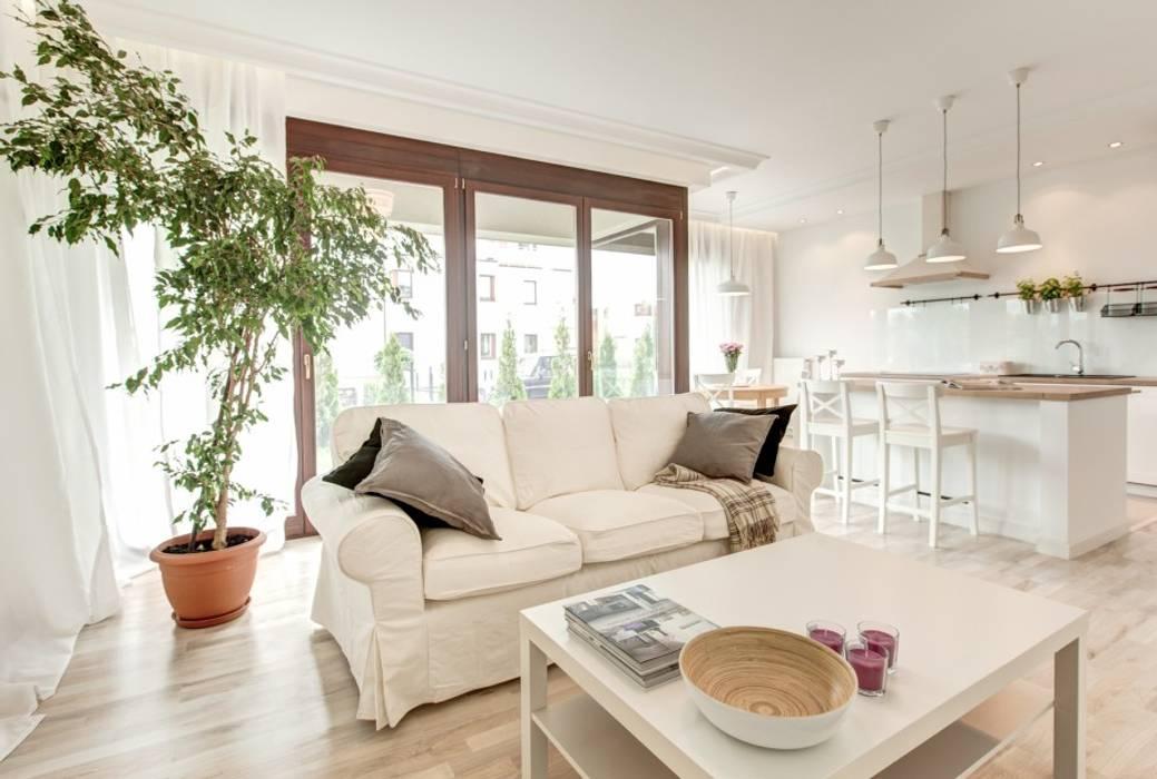 Salas de estilo mediterraneo de Perfect Space Mediterráneo