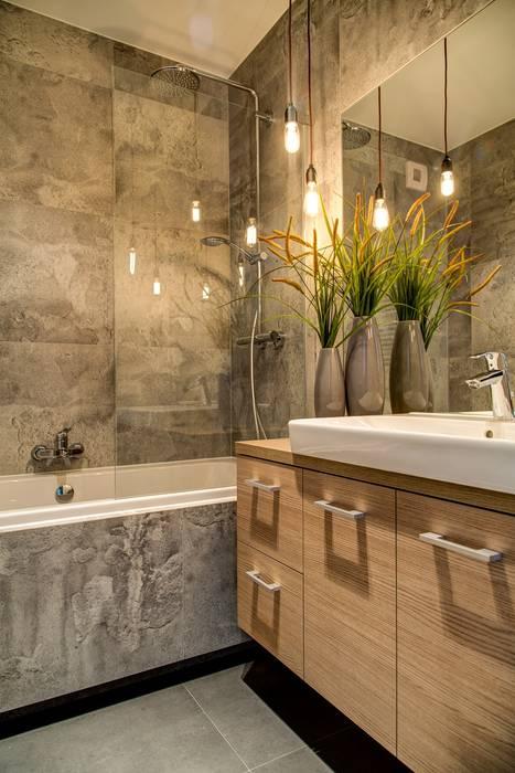 Minimalist style bathroom by Perfect Space Minimalist