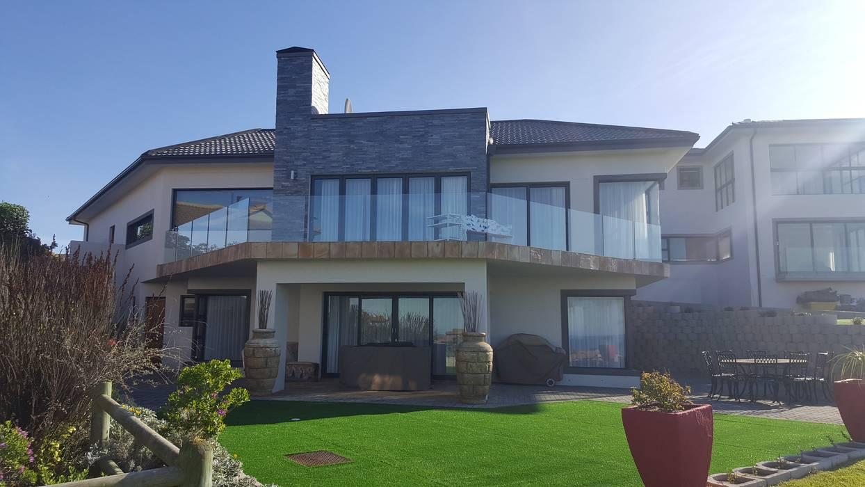 Casas de estilo  de Rudman Visagie, Moderno