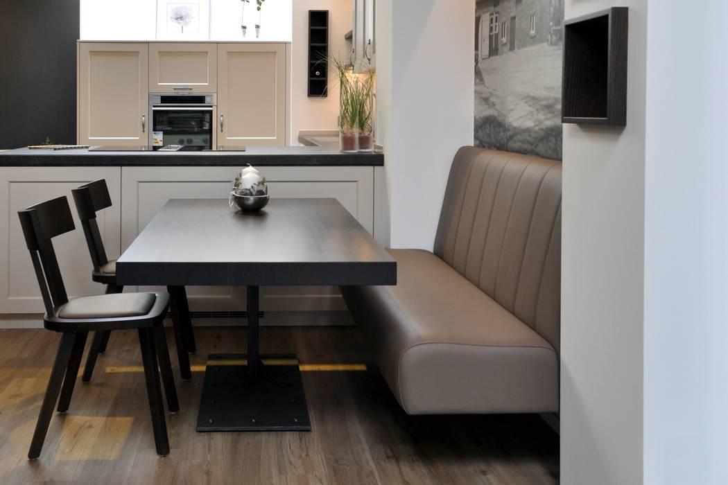 landhausk che mit sitzbank nach ma in borken k che von. Black Bedroom Furniture Sets. Home Design Ideas