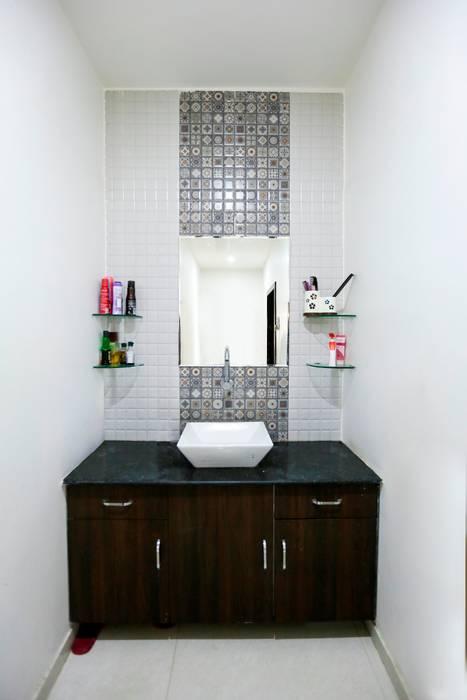 Common Wash Basin:  Bathroom by ZEAL Arch Designs