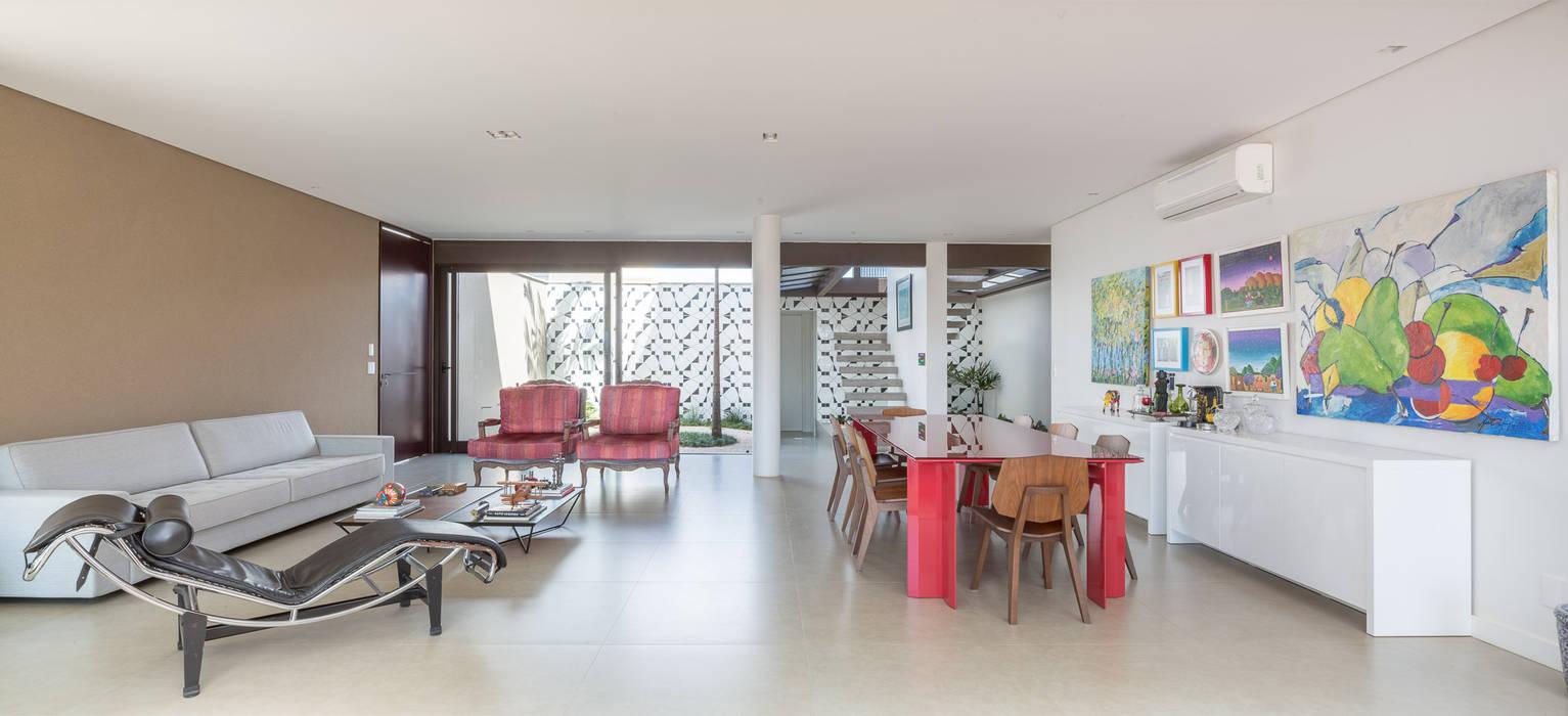 Modern Living Room by Joana França Modern