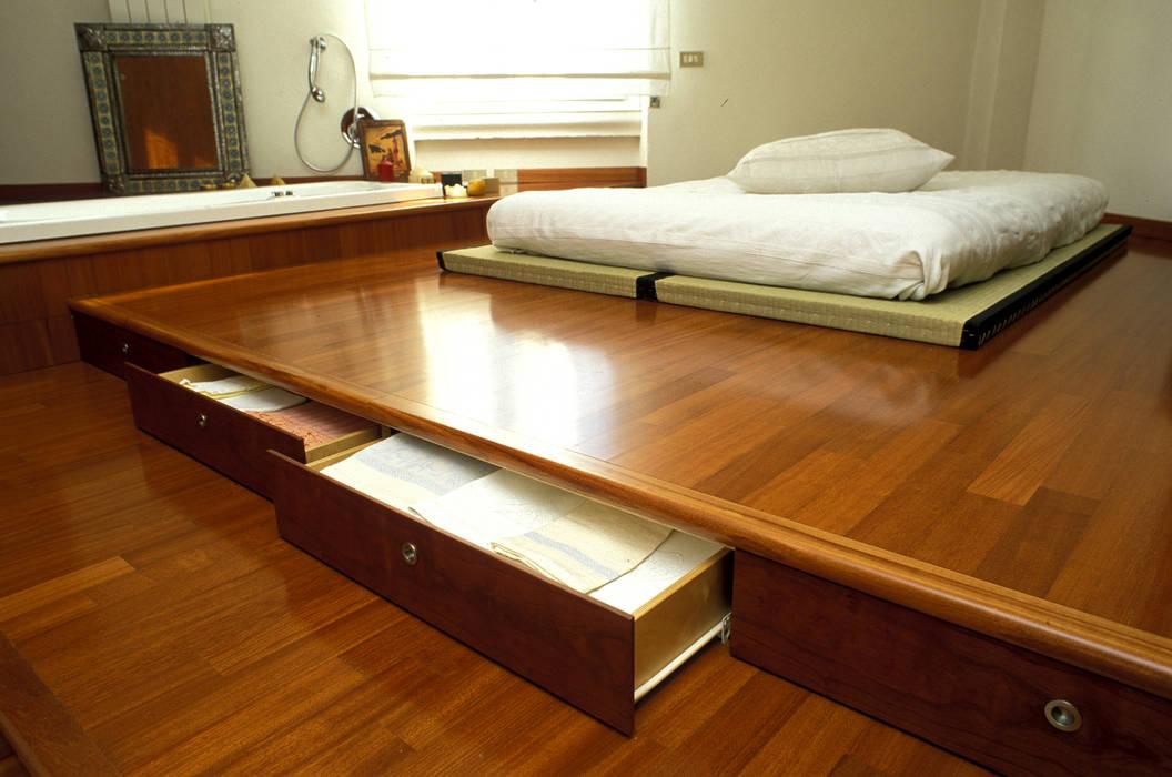 Dormitorios de estilo asiático de ROBERTA DANISI ARCHITETTO Asiático