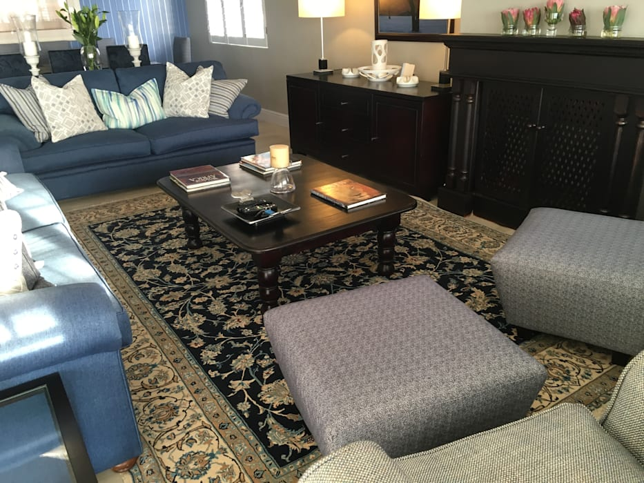 De Kelders Residence Hermanus Western Cape:  Living room by CS DESIGN, Modern