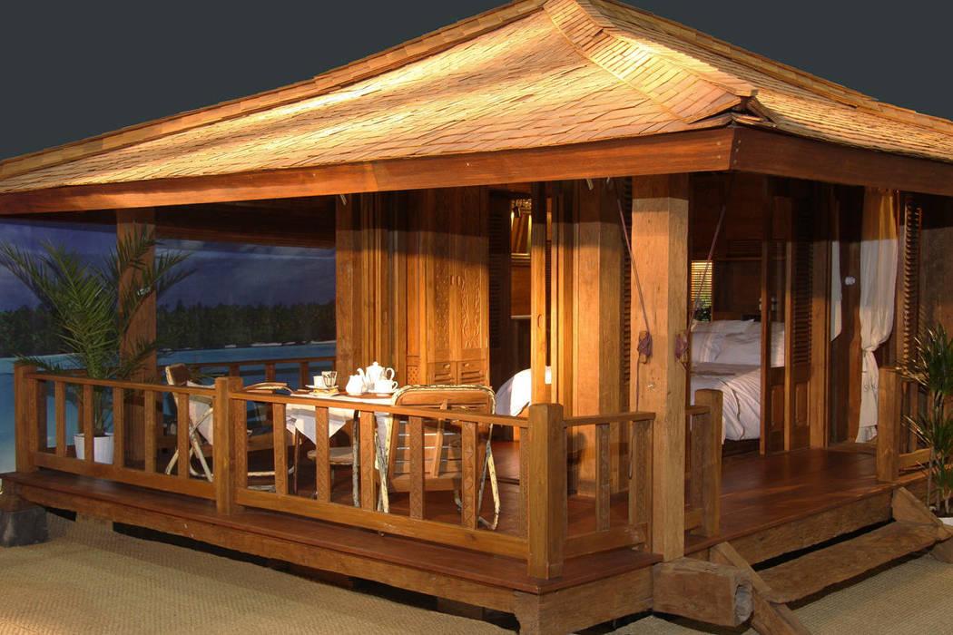 bungalow de madera 100% reciclada de comprar en bali Ecléctico Madera maciza Multicolor