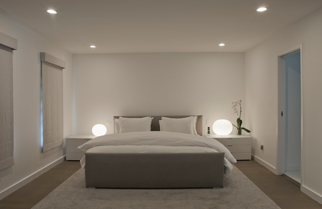 Georgetown Master Bedroom Lighting Modern style bedroom by Hinson Design Group Modern