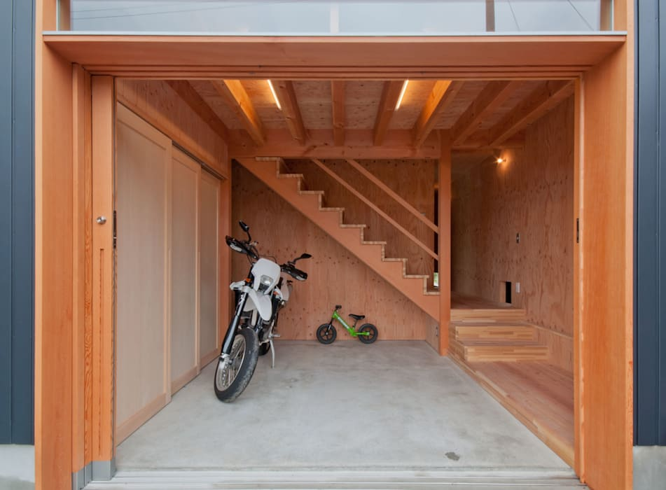 FrameWork設計事務所의  복도 & 현관