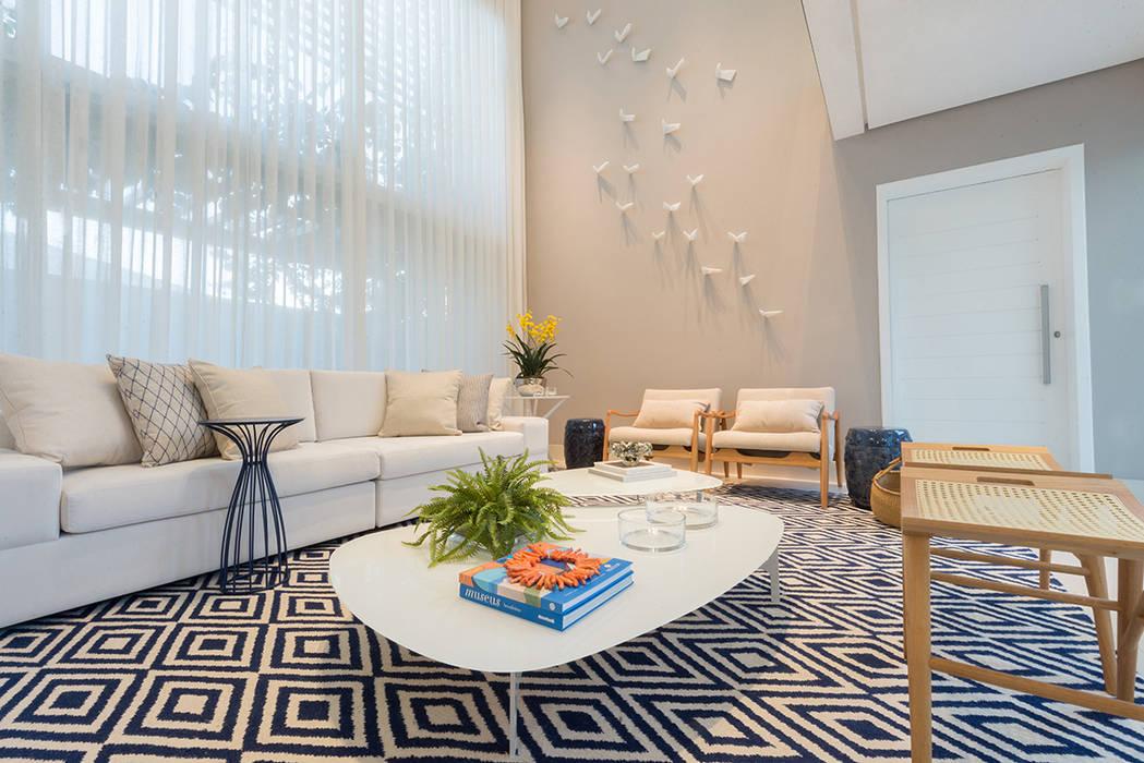 Renata Matos Arquitetura & Business Living roomAccessories & decoration Flax/Linen Multicolored