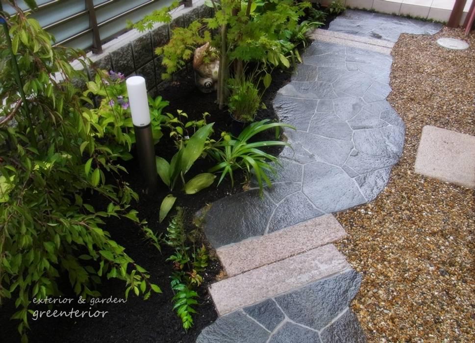 Asian style garden by 株式会社グリーンテリア Asian Stone