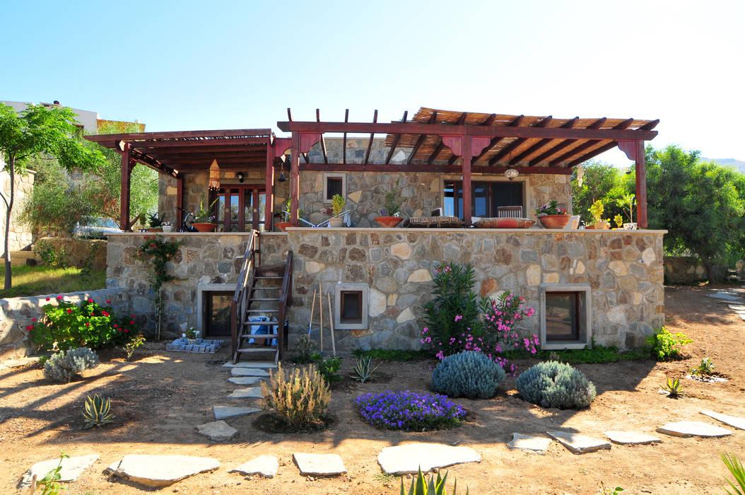 İDEA BODRUM MİMARLIK – gümüşlük taş evler:  tarz Evler