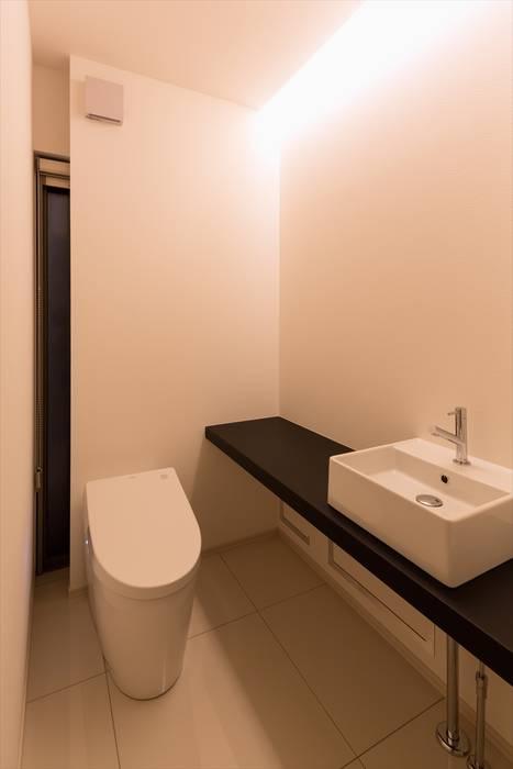 トイレ モダンスタイルの お風呂 の LITTLE NEST WORKS モダン タイル