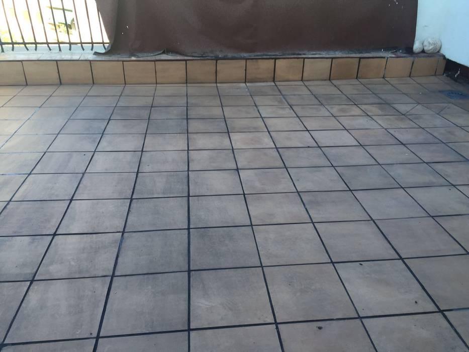 Suelo con plaqueta gris para terraza paredes de estilo de - Suelos de plaqueta ...