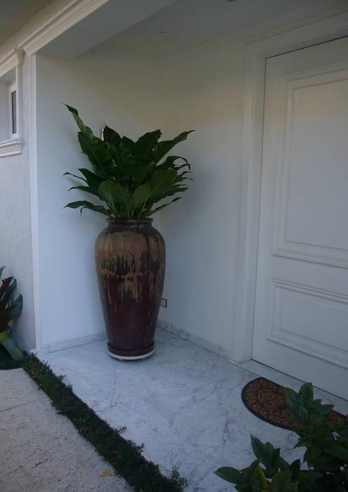 Mediterranean style house by homify Mediterranean Ceramic