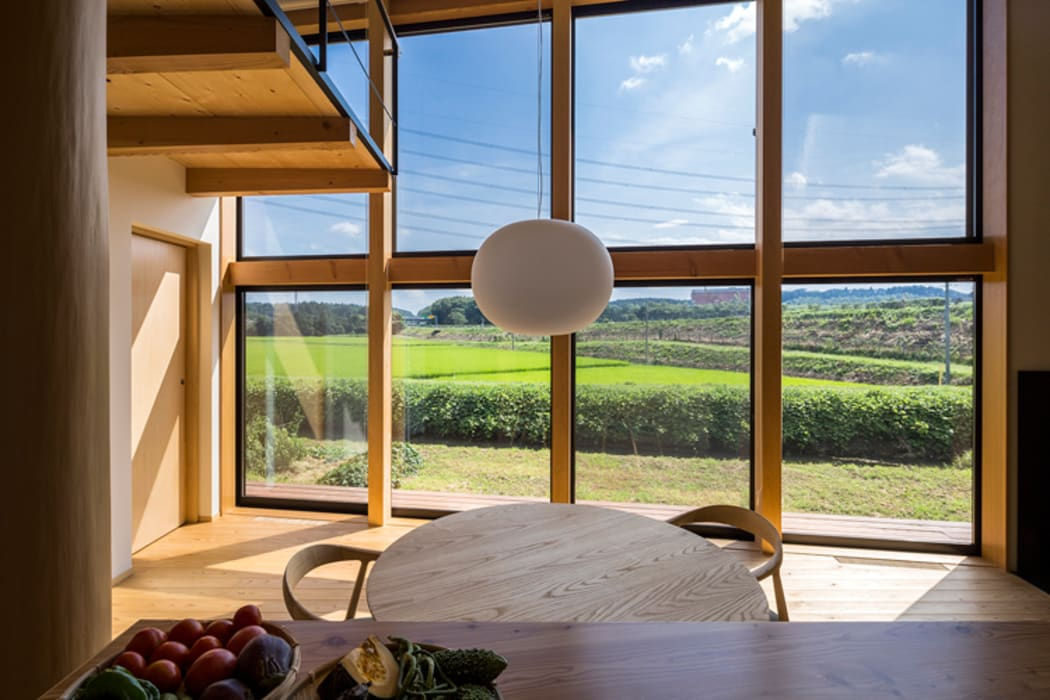 Eclectic style windows & doors by 中山大輔建築設計事務所/Nakayama Architects Eclectic