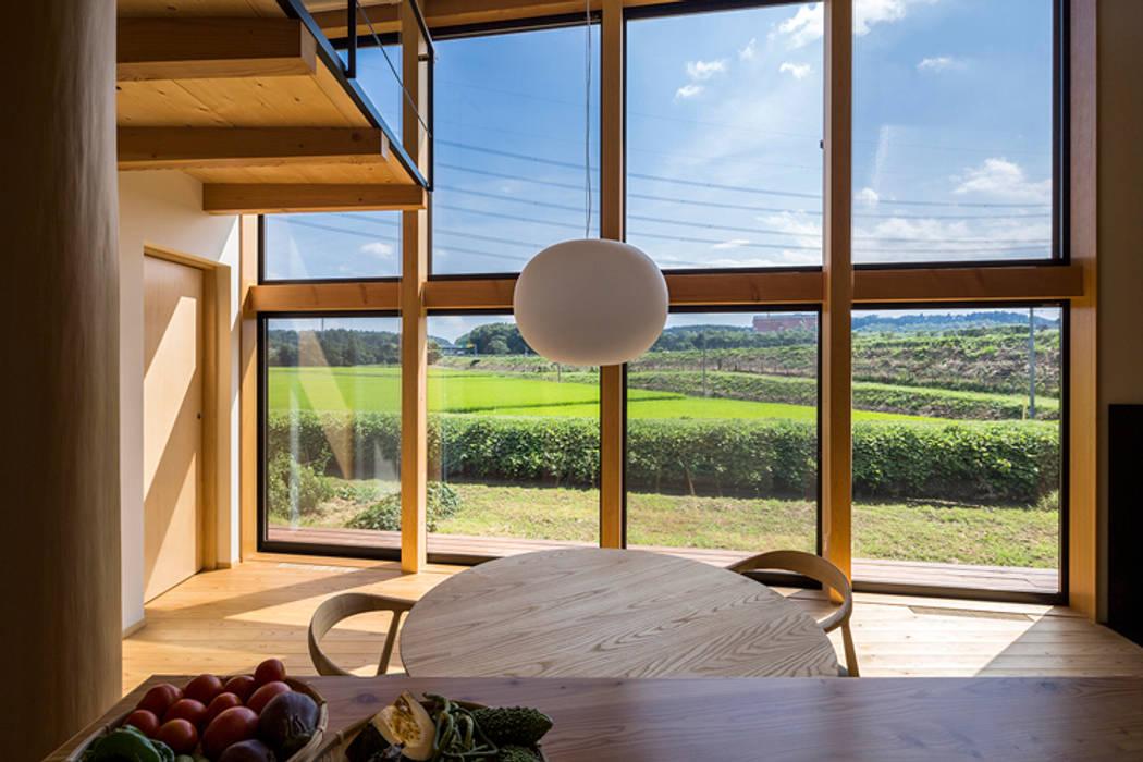 中山大輔建築設計事務所/Nakayama Architects Eclectic style windows & doors